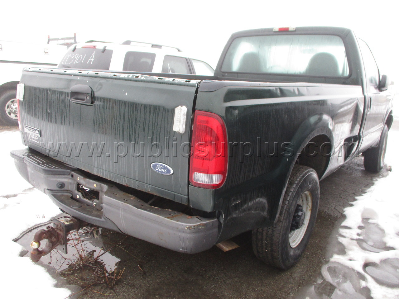 #2031364 - 2004 FORD PICKUP TRUCK 4WD