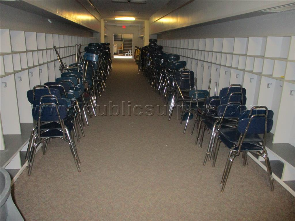 #2111909 - SOL - 140 18 inch student chairs    Arthur hallway 43