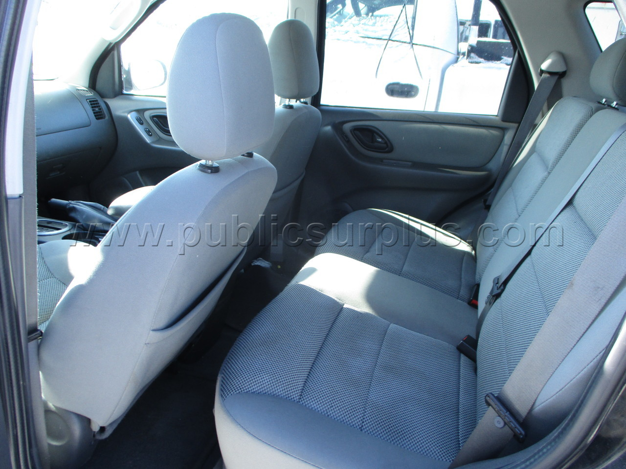 #2274220 - 2005 FORD ESCAPE (4WD)